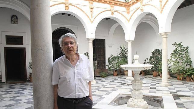 RAFAEL MANZANO-MARTOS